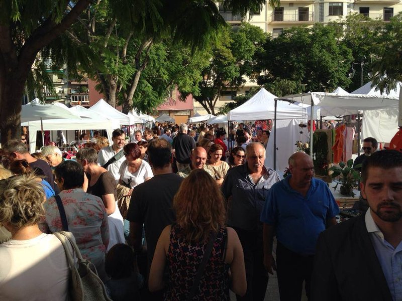 MERCADILLOS COSTA DEL SOL: mercadillo fuengirola domingo 19