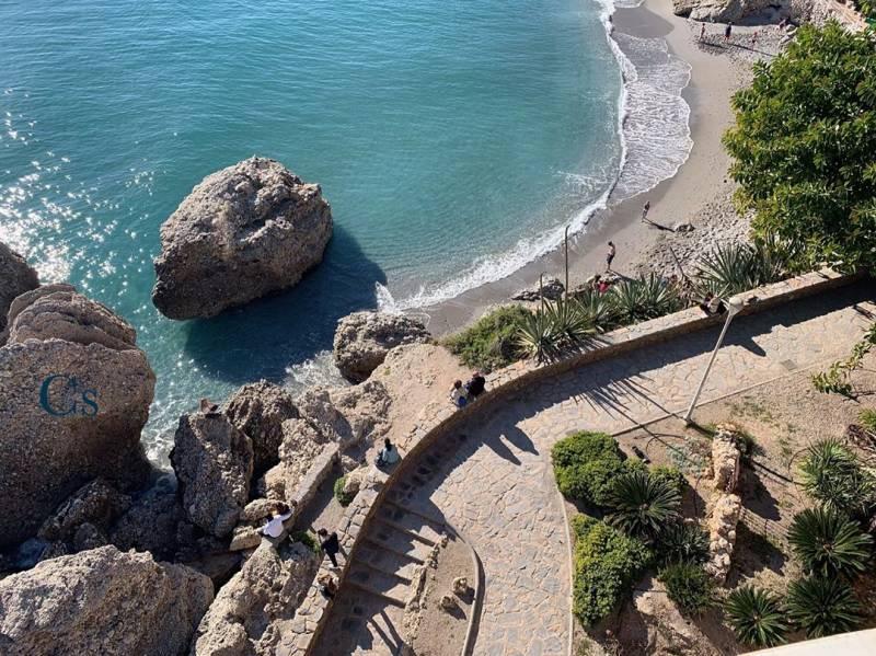 Para disfrutar de las mejores playas de la costa del sol: alquilar un coche 38