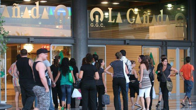 Los comerciantes de Marbella: el Ayuntamiento favorece a las grandes superficies 1