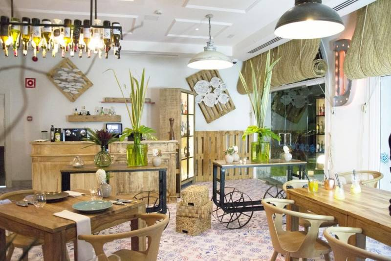 mejores restaurantes marbella: Restaurante DOM 8