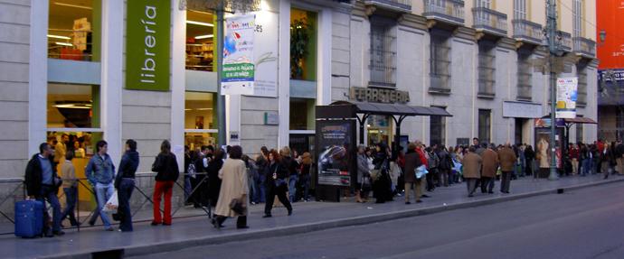 libreria luces: en la Alameda Principal de Málaga 18