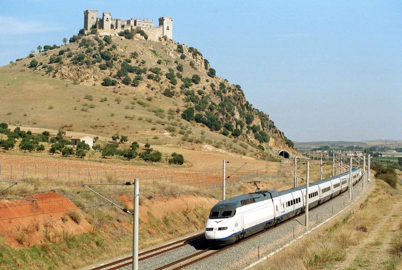 Con el AVE 'barato' Málaga-Sevilla acortaremos en 20 minutos el viaje 1